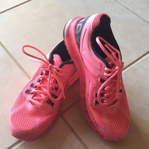Nike AirMax Hot Pink Sz 8